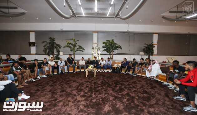 المقيرن يجتمع بلاعبي الاتحاد مع انطلاقة تحضيرات الفريق الاول