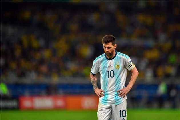 رئيس الأرجنتين ميسي