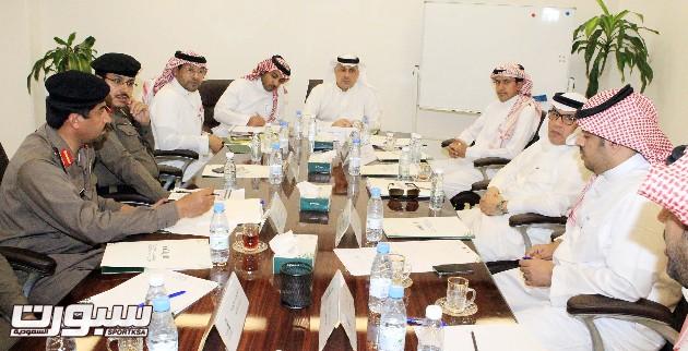 40 متطوع في اللجنة الإعلامية والبطي يجتمع مع ممثلي القطاعات الأمنية