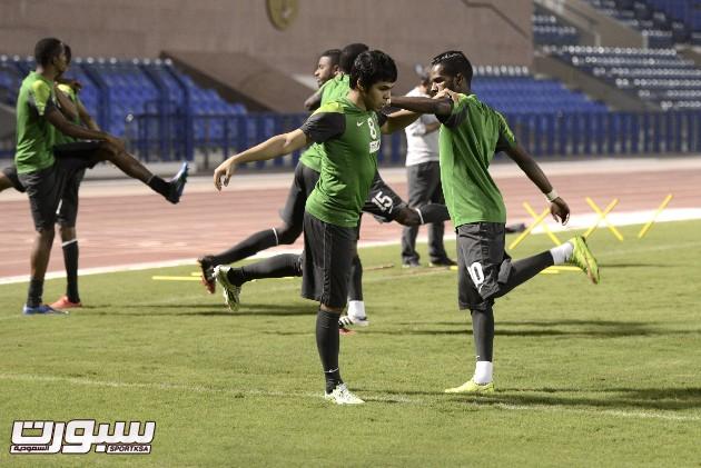 صور من تدريبات الأخضر السعودية